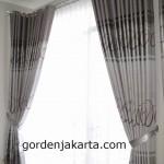 gorden minimalis blackout silver