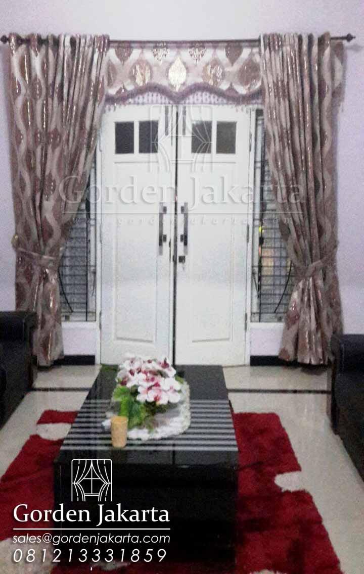 gorden-cantik-klasik-jendela-pintu
