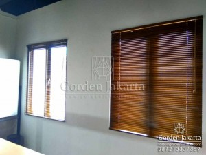 Q2874 wooden blinds Sp 05 wb by gorden jakarta