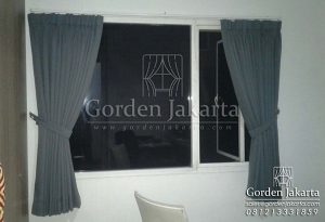 gorden minimalis jendela kecil bahan semi blackout Q3220