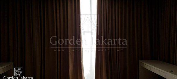 Gorden rumah minimalis modern warna coklat salute di Lavenue Pancoran Q3502