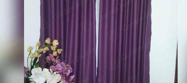 gorden minimalis warna ungu sanaya di balikpapan Q3856