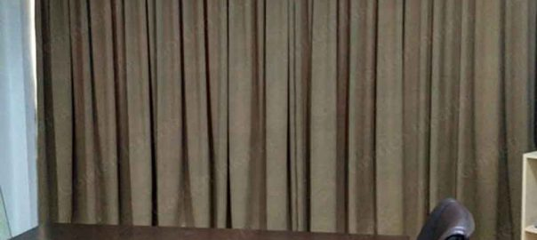 Gorden Ruang Rapat Rastik Warna Coklat Di Komp. Majapait Id4059