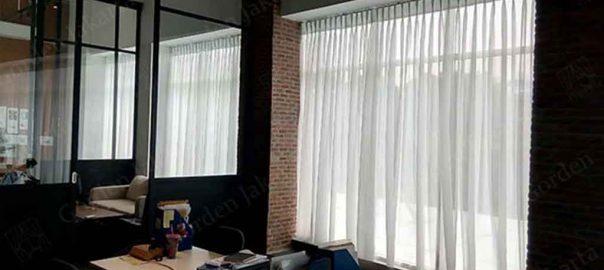 contoh vitrage jendela putih polos esprit di kebayoran baru Q3926