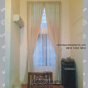 contoh gorden untuk jendela tinggi minimalis klien kota wisata cibubur id4187