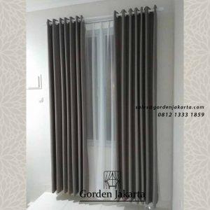 contoh tirai jendela minimalis abu-abu klien bogor id4341