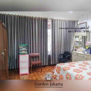 contoh gorden kamar tidur minimalis abu-abu di Jakarta Barat id4247
