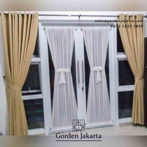 contoh gorden pintu kaca minimalis di Cisauk by Gorden Jakarta id4229