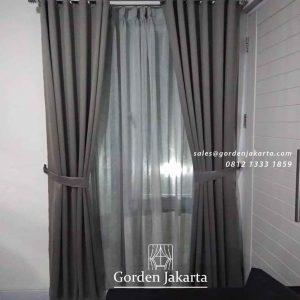 gambar gorden jendela minimalis warna grey project di Cibubur id4231