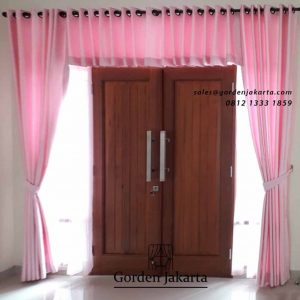 contoh gorden rumah minimalis pink by Gorden Jakarta id4472